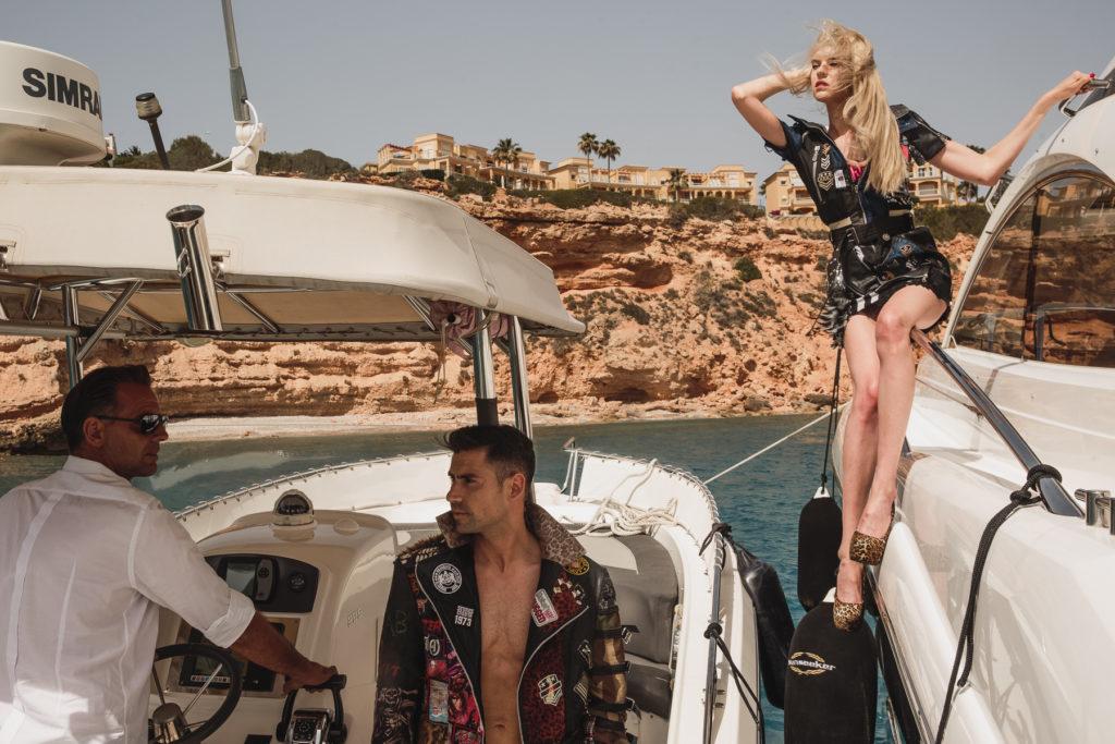 Model Franziska Holzer Pia Bolte boat shooting 16