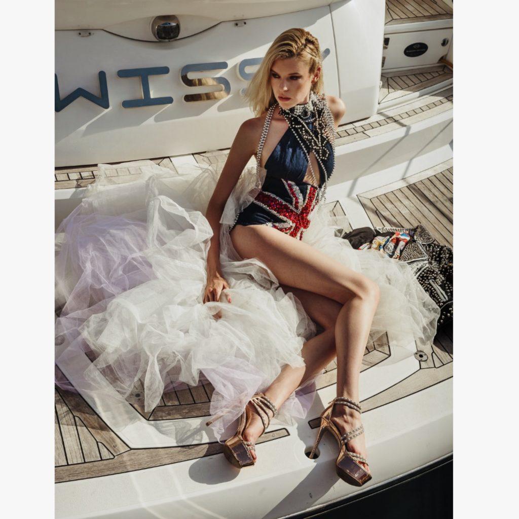 Model Franziska Holzer Pia Bolte boat shooting 17