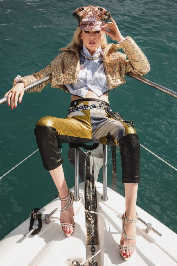 Model Franziska Holzer Pia Bolte boat shooting 20