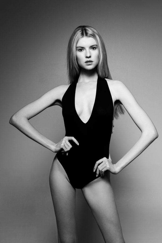 Model Franziska Holzer blackwhite Shooting 9
